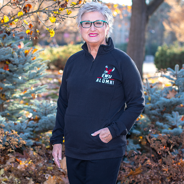 Image For ALUMNI WOMEN'S DEELITE 1/4 ZIP JACKET